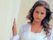 """نيللى كريم تروى لمحمد فراج سبب قتلها لزوجها وشقيقتها فى """"سقوط حر"""""""