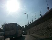 صحافة المواطن.. أعمدة الإنارة مضاءة نهاراً بشارع لطفى السيد فى غمرة