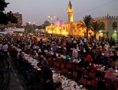 عشرات الآلاف من المصلين بمسجد عمرو بن العاص لإحياء ليلة القدر