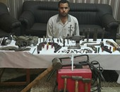 ضبط عاطل حول مسكنه ورشة لتصنيع الأسلحة النارية بالقليوبية