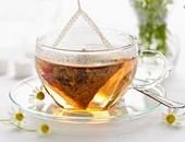 """""""أكياس الشاى"""" لعلاج البثور المؤلمة على الشفاة"""