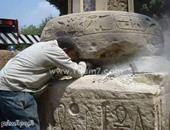 """مصدر بشرطة الآثار:صور عمود مرنبتاح التقطت أثناء نقله من المطرية لـ""""القلعة"""""""