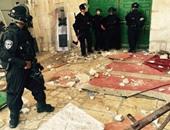 مستوطنون يقتحمون المسجد الأقصى.. وشرطة الاحتلال تدنس مصلى باب الرحمة
