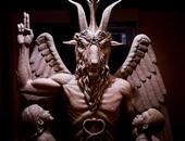 """الكشف عن تمثال """"الشيطان"""" فى ديترويت الأمريكية وسط  احتجاج أهاليها"""