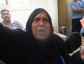 """بالفيديو..مسنة بمكتب شكاوى الجيزة تستغيث بالسيسى باكية:""""عايزة أكلمك يا ريس"""""""