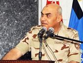 وزير الدفاع خلال التفتيش لأحد تشكيلات الجيش الثالث: حماية الوطن تحتاج يقظة