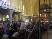 بالصور.. البابا تواضروس يعين 27 كاهنا جديدا فى قداس بالكاتدرائية