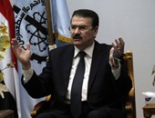 """""""صحافة المواطن"""".. مواطن يُطالب بتنفيذ قرار عودته للعمل بالسكة الحديد"""