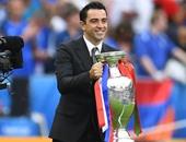 تشافى نجم برشلونة السابق يعتزل كرة القدم نهاية الموسم