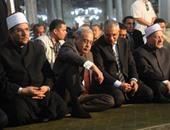 بالصور.. رئيس الوزراء يصل مسجد الحسين لأداء صلاة الجمعة الأخيرة من شهر رمضان