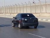 صحافة المواطن: قارئ يرصد سيارة طُمست لوحاتها المعدنية على طريق المطار