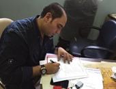 خالد لطيف يستعين بجده ووالده فى انتخابات الجبلاية