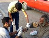 """الخير بالشباب.. مجموعة طلابية ترفع شعار مش """"هنخلى متسول فى شوارع المحروسة"""""""