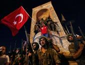 رويترز: تركيا تأمر باعتقال 223 عسكريا للاشتباه فى صلتهم بكولن