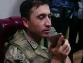 بالفيديو.. الشرطة التركية تجبر قائد عسكري على سحب قواته من الشوارع