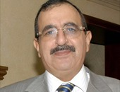 وزارة السياحة تناقش ضوابط العمرة مع غرفة شركات السياحة اليوم