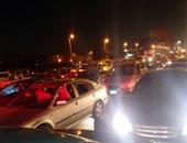 تكدس مرورى بسبب إغلاق مطلع كوبرى أكتوبر اتجاه وسط البلد لانقلاب ميكروباص