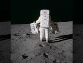 رواد فضاء أمريكيون يحتفلون بمرور 50 عاما على أول هبوط بسطح القمر