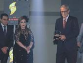 """بالصور.. """"النخبة للإعلام العربى"""" يمنح جوائز التميز لفاروق الفيشاوى وفردوس عبد الحميد"""