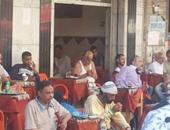 """تداول صور لشخص يشبه أحمد راتب بالملابس الداخلية على """"مقهى"""""""