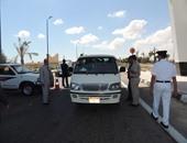 بالصور.. مدير أمن مطروح يشرف على حملة مرورية وضبط 496 مخالفة