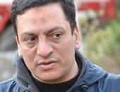 أيتن عامر وإيمى تنعيان المخرج المسرحى أحمد الشرقاوى بعد وفاته فجر اليوم