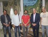 أحمد حلمى يجرى زيارة استكشافية فى شرم الشيخ لتصوير فيلمه الجديد