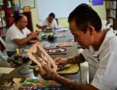 """""""التأهيل بالفن"""" مشروع ينقل منتجات المساجين إلى أفخم المتاجر المكسيكية"""