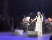 """""""عزى وتاج راسى"""".. هكذا احتفلت أحلام بعيد ميلاد زوجها.. فيديو"""