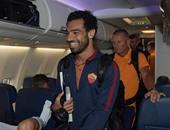 بالصور.. محمد صلاح يصل سانت لويس رفقة روما استعداداً لمواجهة ليفربول