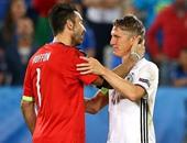 """يورو 2016: الاسم: شفاينشتايجر.. المهنة: """"جابر الخواطر"""""""