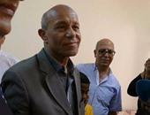 """غداً.. محافظ القاهرة يوزع """"شنط مدرسية"""" على طلاب الأسمرات بالمقطم"""