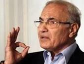 مصادر:  أحمد شفيق تواصل مع قيادات سياسية لعودته لمصر قريبا