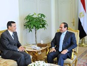 الرئاسة: السيسى بحث العلاقات الثنائية مع عضو بمجلس النواب الأمريكى