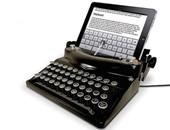"""تطبيق """"توم هانكس"""" الجديد للآى باد يعيد الحياة لـ""""الآلة الكاتبة"""""""