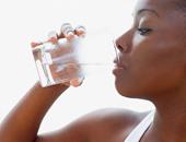 """تعرفى على 6 فوائد لشرب 3 لترات مياه يوميًا.. أهمها """"وشك هينور"""""""
