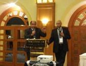 اتحاد الجاليات المصرية بفرنسا:سنقاضى الدول التى تسمح بتبنى المثليين للأطفال
