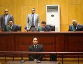 """محكمة جنايات القاهرة تنظر اليوم محاكمة """"ضابط المخدرات"""" المتهم بالرشوة"""
