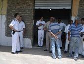 محافظة القاهرة تغلق المحلات فى ممر سينما ريفولى بوسط البلد