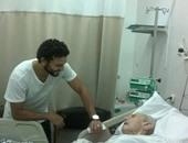 حسام غالى يزور طارق سليم فى المستشفى