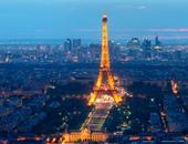 أهل باريس يغطسون فى أكبر بحيرة صناعية بالعاصمة الفرنسية
