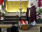 المئات يشاركون فى جنازة الكاهن الفرنسى ضحية تنظيم داعش