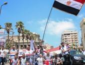 """بالفيديو.. الأهالى يحتفلون بمرور عام على افتتاح قناة السويس الجديدة بـ""""القائد إبراهيم"""""""