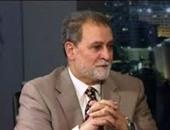 وائل الإبراشى عن عزام التميمى: سمسار تمويل قنوات الإخوان وأحد أذرع قطر