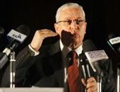 وزير التعليم العالى يحذر المبعوثين للخارج من التلاعب بعقولهم