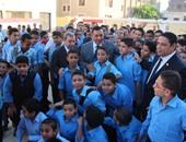 محافظ البحيرة يتفقد مدارس دمنهور فى أول يوم دراسى