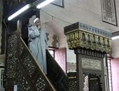 خطيب بكفر الشيخ: مراسلة الأزواج لزوجاتهم عبر صفحات وهمية للتأكد من إخلاصهن حرام
