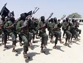 """""""الشباب الصومالية"""" تهاجم منطقة بشمال شرق كينيا وتحتجز أفرادا من الشرطة كرهائن"""