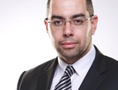 """""""الوفد"""":زيارة الرئيس الفرنسى للبرلمان المصرى تعكس إيمان زعماء العالم برسالته"""