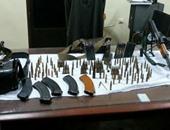 القبض على تاجر لبيع الأسلحة النارية غير المرخصة بنجع حمادى